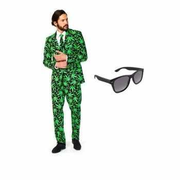 Foute heren party kleding met cannabis print maat 52 (xl) met gratis