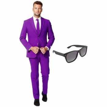 Foute paars heren party kleding maat 56 (xxxl) met gratis zonnebril